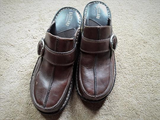 Eastland Leather Rarely Worn Brown Mules