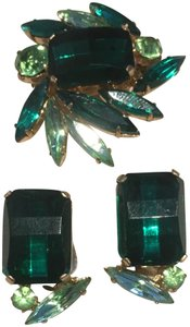 Vintage Vintage Green Square Stone Earrings & Brooch Pin