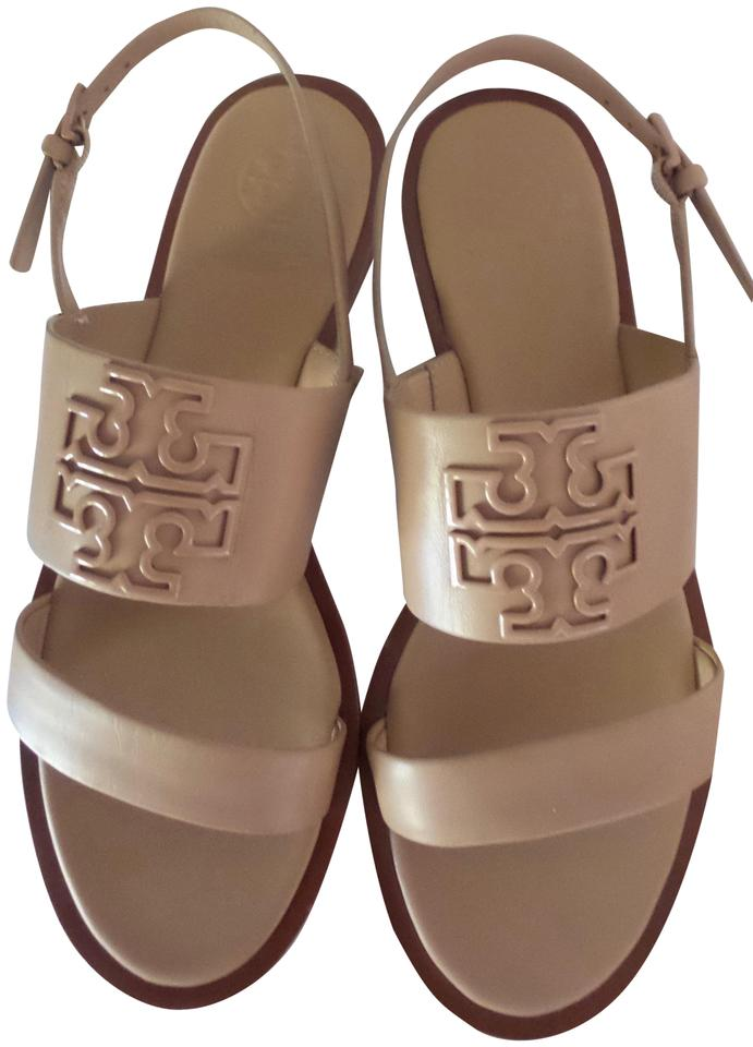 1ab3f3ee570 Tory Burch Tan Powder Coated Melinda Leather Sandals. Size  US 7 ...