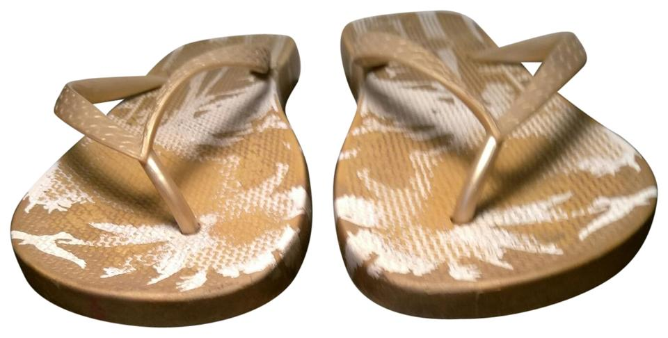 7612f32726e55 OP Gold   White Flip Flops 9 10 Sandals Size US 10 Regular (M