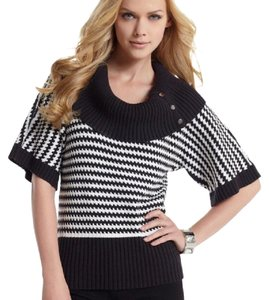 White House | Black Market Houndstooth Stripes Striped Cowl Neck Snap Buttons Sweater
