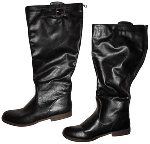 Brinley Co. Zipper-back Black Boots