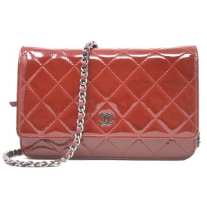 Chanel Patent Leather Shoulder Red Clutch