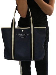 Marc Jacobs Tote in navy blue