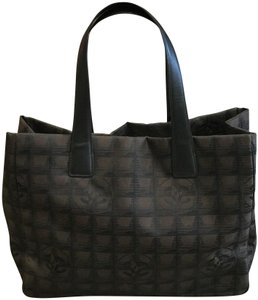 Chanel Tote in Brown and Black