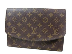 Louis Vuitton Chanel Saint Leaurent Fendi Balenciaga Wallet Clutch