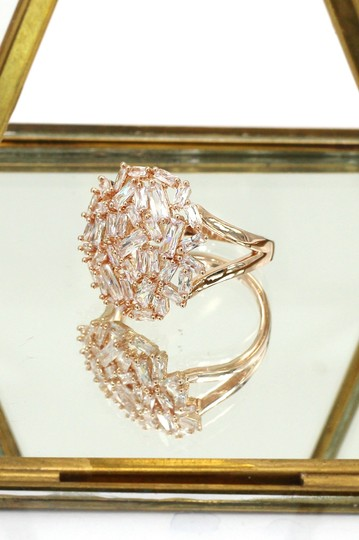 Ocean Fashion Fashion small square rose gold crystal ring Image 5