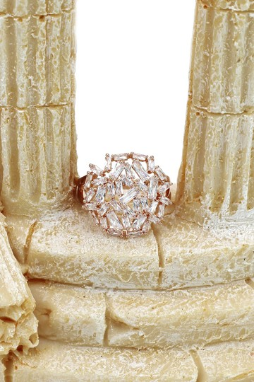 Ocean Fashion Fashion small square rose gold crystal ring Image 7