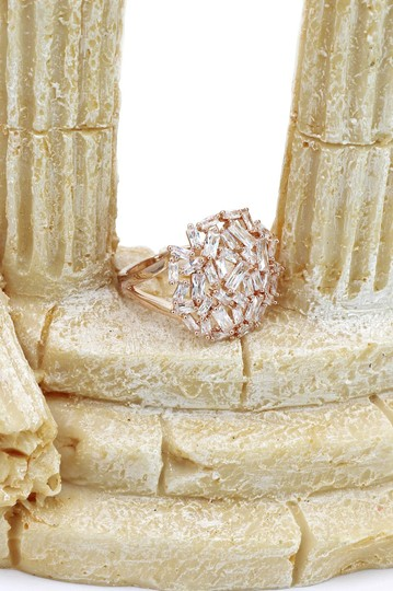 Ocean Fashion Fashion small square rose gold crystal ring Image 9