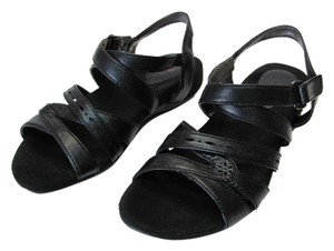 Blondo Size 7n black Sandals