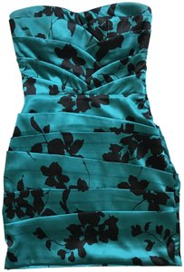 Snap Party Strapless Dress