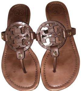 9eaed3efe Tory Burch Sandals on Sale - Up to 70% off at Tradesy