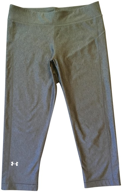 Item - Heather Gray 1286126-090 Fitted Compression Capri M Activewear Bottoms Size 8 (M, 29, 30)