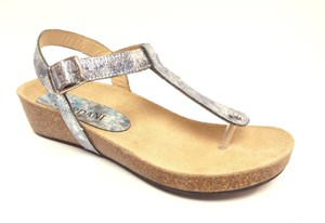 Cordani New Gene Thong Wedge Glacier Sandals