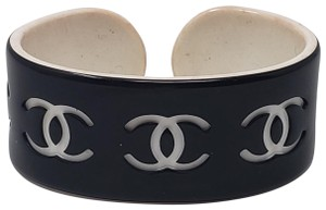 Chanel Interlocking CC Logo Chanel resin wide cuff
