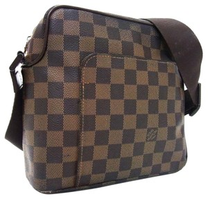 Louis Vuitton Damier Canvas Olav Messenger Damier Travel Cross Body Bag