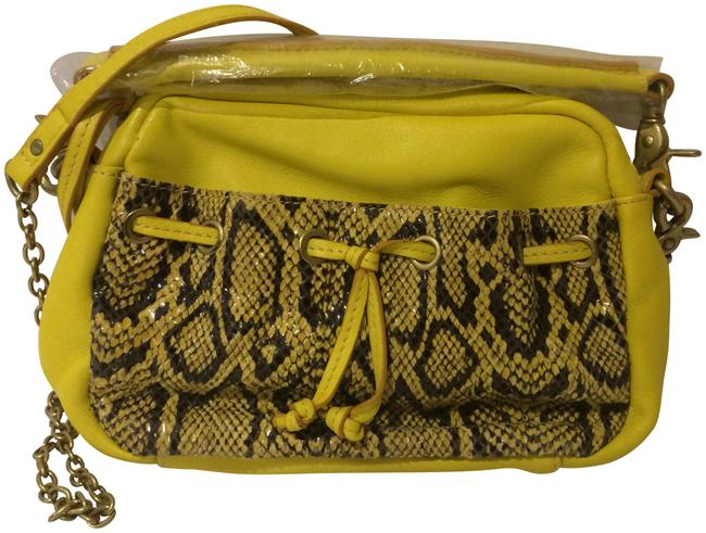 Item - Snake Embossed Yellow Lether Cross Body Bag