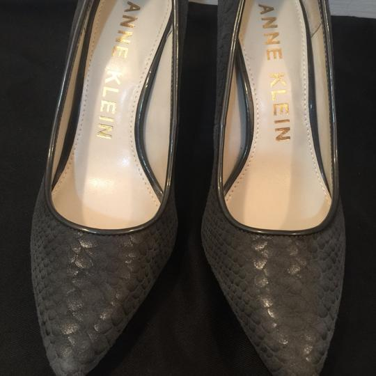 Anne Klein Grey Pumps