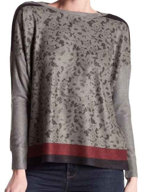 Preload https://img-static.tradesy.com/item/23382329/go-couture-new-soft-comfy-crew-sweaterpullover-size-6-s-0-4-650-650.jpg
