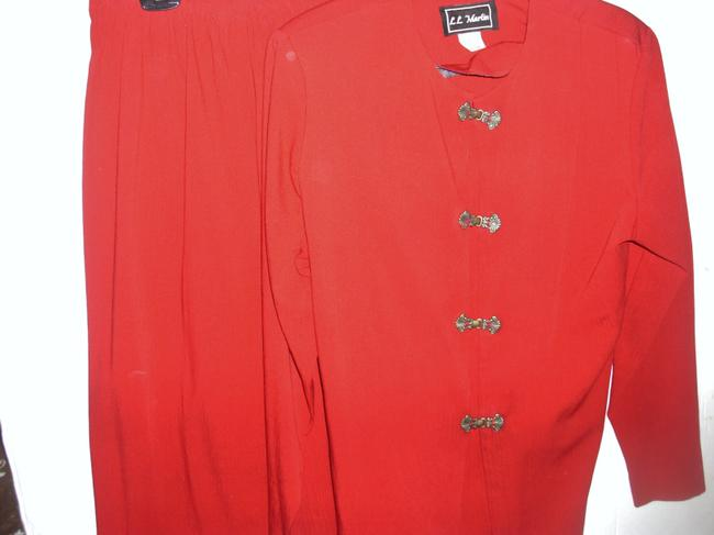 LL Martin Asian Indian inspired ethnic wine metal clip front jacket pant suit