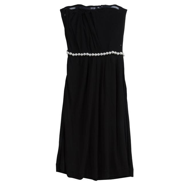 Preload https://img-static.tradesy.com/item/23382492/chanel-black-knit-pearl-embellished-strapless-mid-length-short-casual-dress-size-4-s-0-0-650-650.jpg
