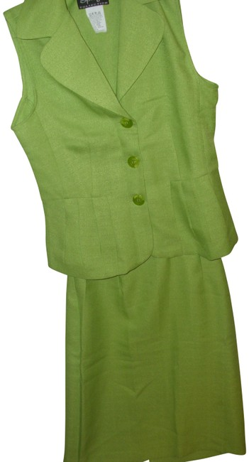 Preload https://img-static.tradesy.com/item/23382502/green-vintage-outfit-lime-70s-vibe-long-vest-skirt-suit-size-6-s-0-1-650-650.jpg