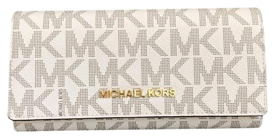 Preload https://img-static.tradesy.com/item/23382724/michael-kors-vanilla-pink-jet-set-carryall-leather-wallet-0-1-540-540.jpg