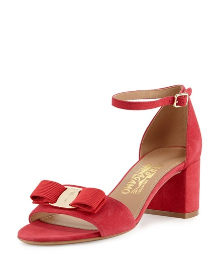 Preload https://img-static.tradesy.com/item/23382781/salvatore-ferragamo-pamplona-red-vara-bow-ankle-strap-sandals-size-us-75-wide-c-d-0-0-540-540.jpg