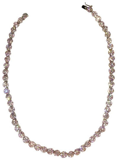 Preload https://img-static.tradesy.com/item/23382850/suzanne-somers-pink-and-white-daisey-cz-necklace-0-1-540-540.jpg