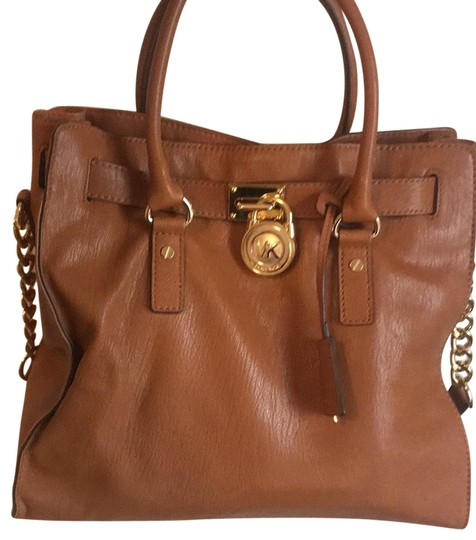 Preload https://img-static.tradesy.com/item/23383270/michael-kors-hamilton-brown-leather-satchel-0-1-540-540.jpg
