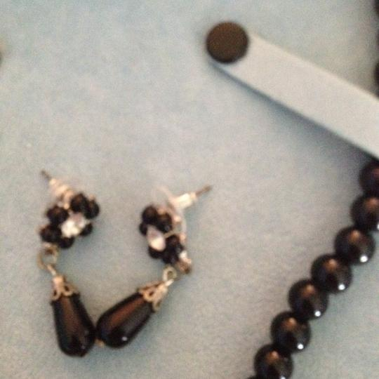 Sears 18 Inch long Navy Blue Faux Pearls with Heart Pendant with Rhinestones and Matching Earrings.