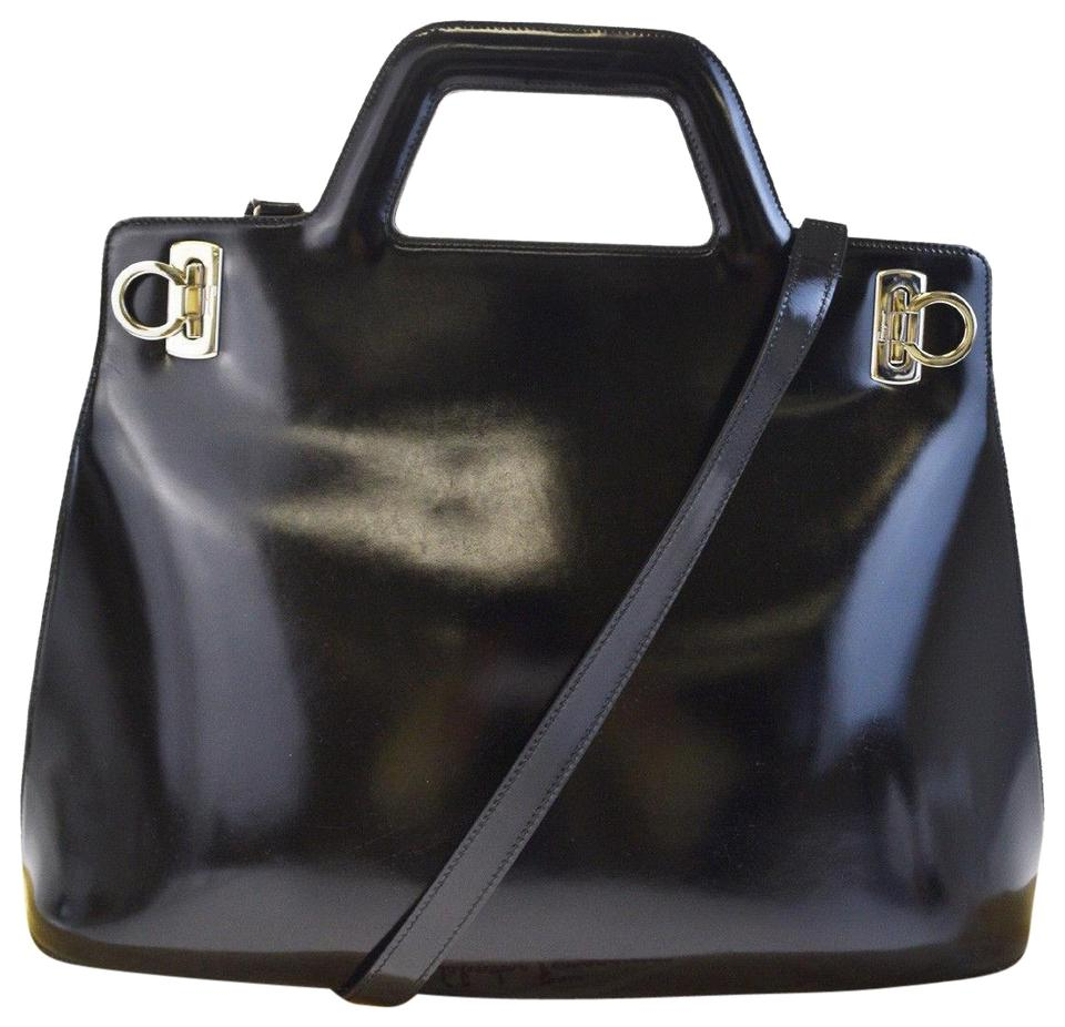 437c199ae22 Salvatore Ferragamo Gancini 2way Shoulder Hand Black Patent Leather ...