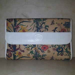 bfc058e6d2d Gucci Flora Collection - Up to 70% off at Tradesy (Page 5)