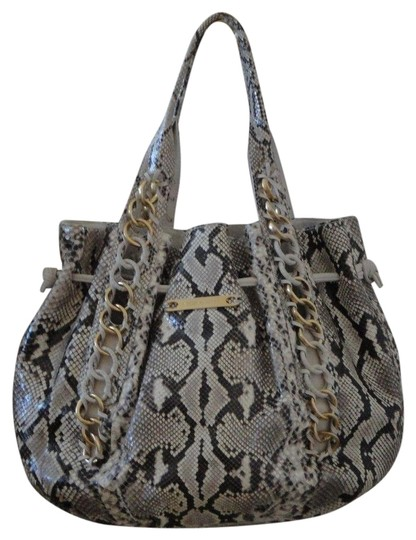 Preload https://img-static.tradesy.com/item/23383738/michael-kors-chain-high-end-collection-snakeskin-leather-tote-0-1-540-540.jpg