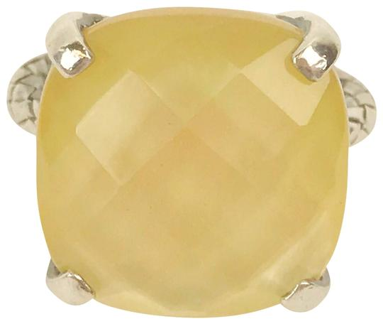 Preload https://img-static.tradesy.com/item/23383795/bottega-veneta-sterling-silver-mother-of-pearl-lady-s-925-ring-0-1-540-540.jpg