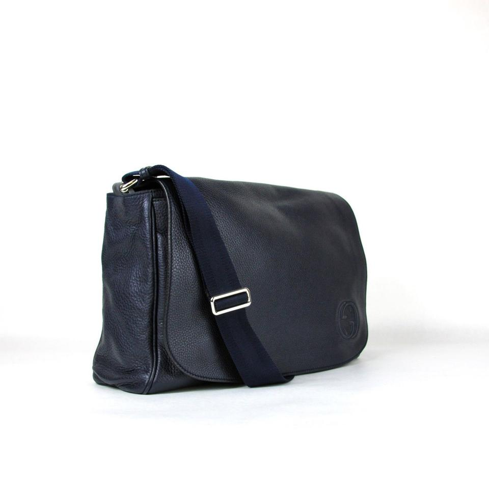 29539bb38d15 Gucci Soho Diaper with Changing Pad 356521 4009 Navy Blue Leather Messenger  Bag - Tradesy