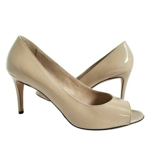 Max Mara Patent Leather Leather Lining Nude Pumps
