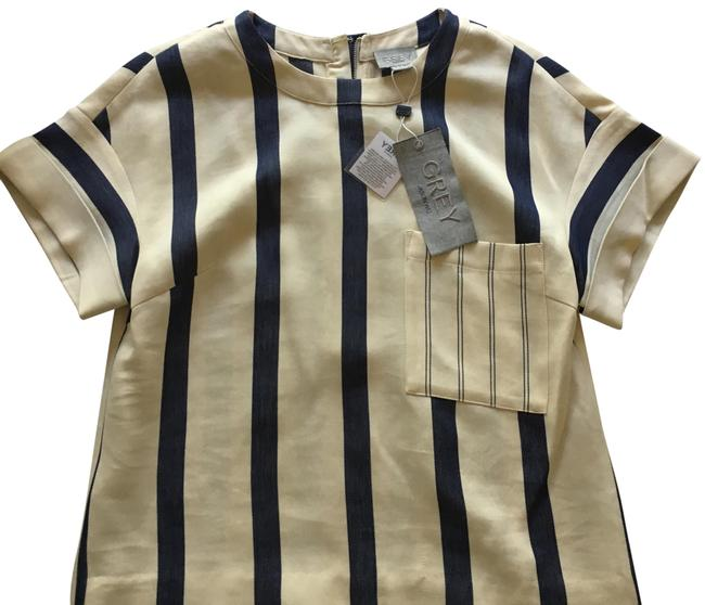 Item - Cream with Blue Stripes By Blouse Size 6 (S)