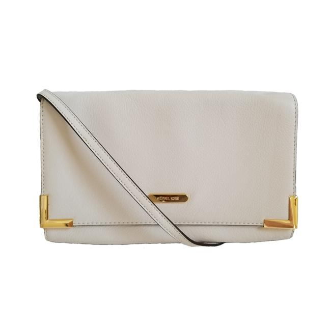 Item - Beverly Genuine Oversized Cream Leather Clutch