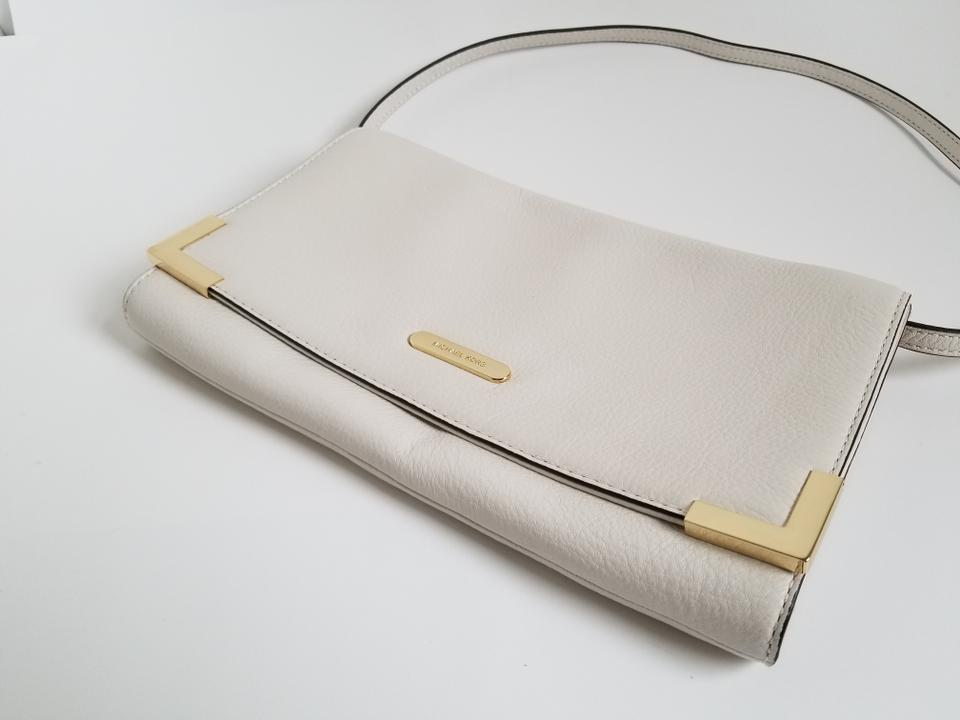 2855b247e7a8 Michael Kors Beverly Genuine Oversized Cream Leather Clutch - Tradesy
