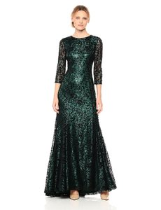 Tahari Emerald Green Lace By Arthur S. Levine Allover Sequined Sexy Bridesmaid/Mob Dress Size 10 (M)