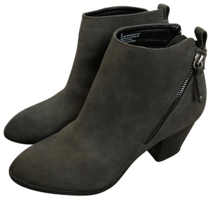 Express Chunky Zipper Charcoal Grey Boots