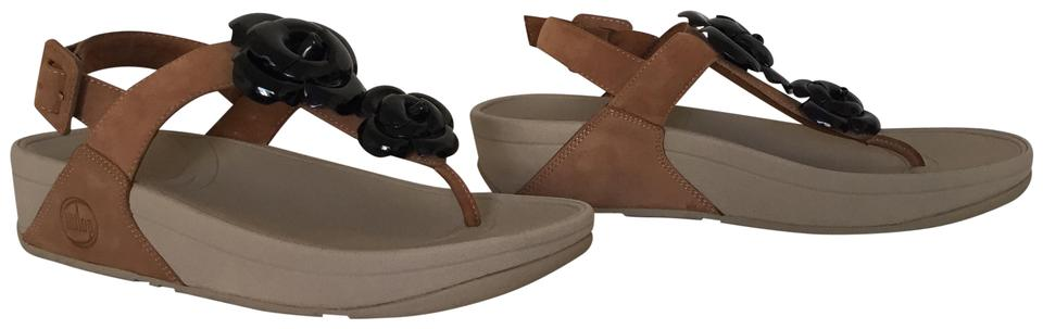 d595b22909d FitFlop Tan and Black Floretta Sandals Size US 8 Regular (M