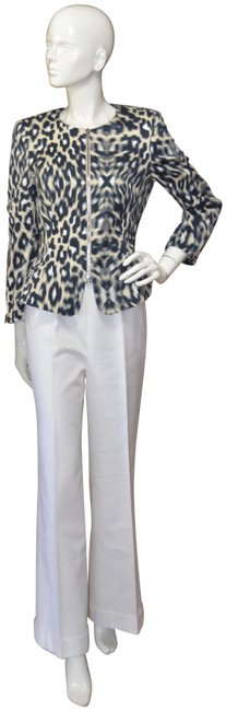 Preload https://img-static.tradesy.com/item/23390236/escada-animal-print-new-pant-suit-size-6-s-0-1-650-650.jpg