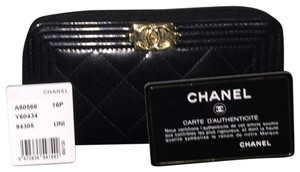 Chanel Boy Chanel Small Zipped Zip Around Zippy Metallic Patent Coin Purse Card Holder GHW