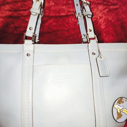 Coach 1941 Tote in baby blue