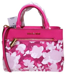 Michael Kors Satchel in Pink Granita