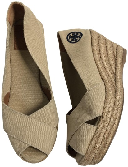 Preload https://img-static.tradesy.com/item/23391873/tory-burch-tan-blue-canvas-espadrille-open-toe-wedges-size-us-65-regular-m-b-0-1-540-540.jpg