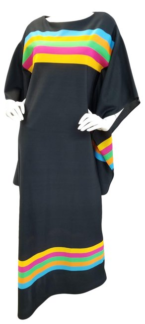 Preload https://img-static.tradesy.com/item/23392354/black-and-multi-vinntage-tunic-long-casual-maxi-dress-size-6-s-0-1-650-650.jpg