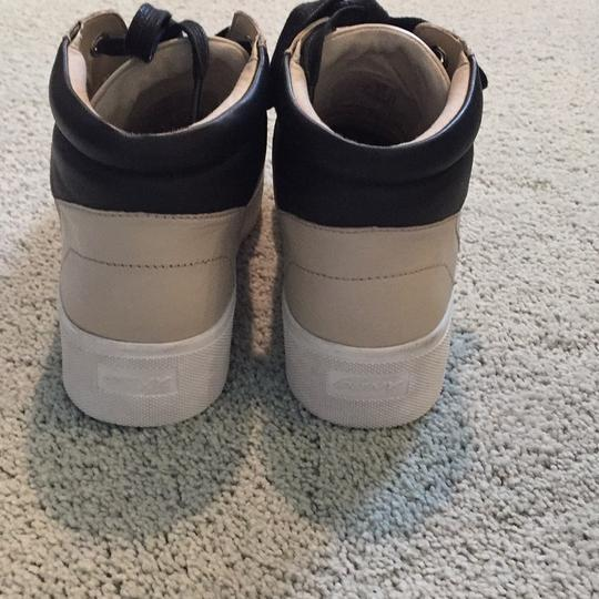 DKNY black and beige Athletic